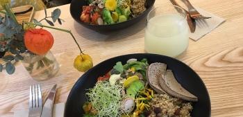 A table # SOVAGA Comptoir Végétal & Gourmand